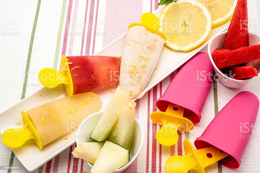 Melancia, Banana e sorvete de composição. foto royalty-free