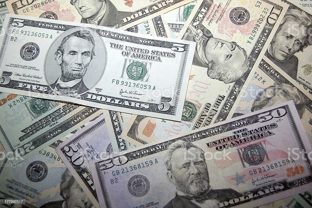 Billetes de banco de varias monedas divisionarias foto de stock libre de derechos