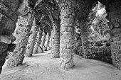 Barcelona: Amazing stone arches at Park Guell, the famous and
