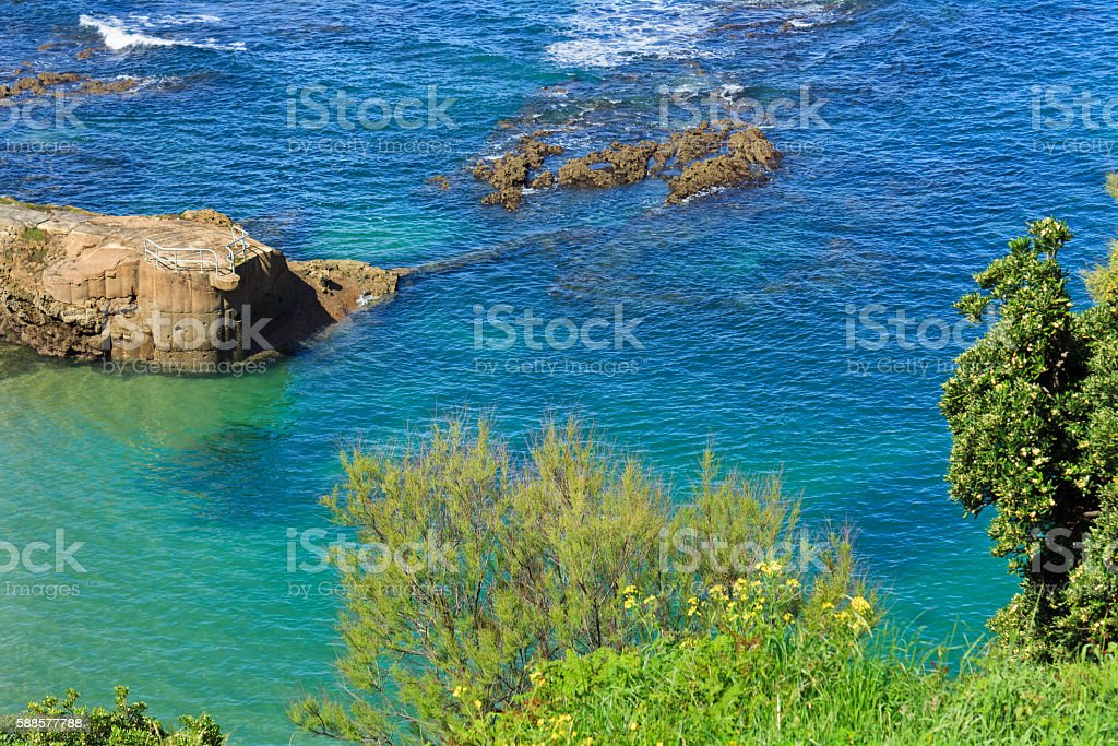 Bay of Biscay, Cote d'Argent: Beach with rocks near Biarritz stock photo