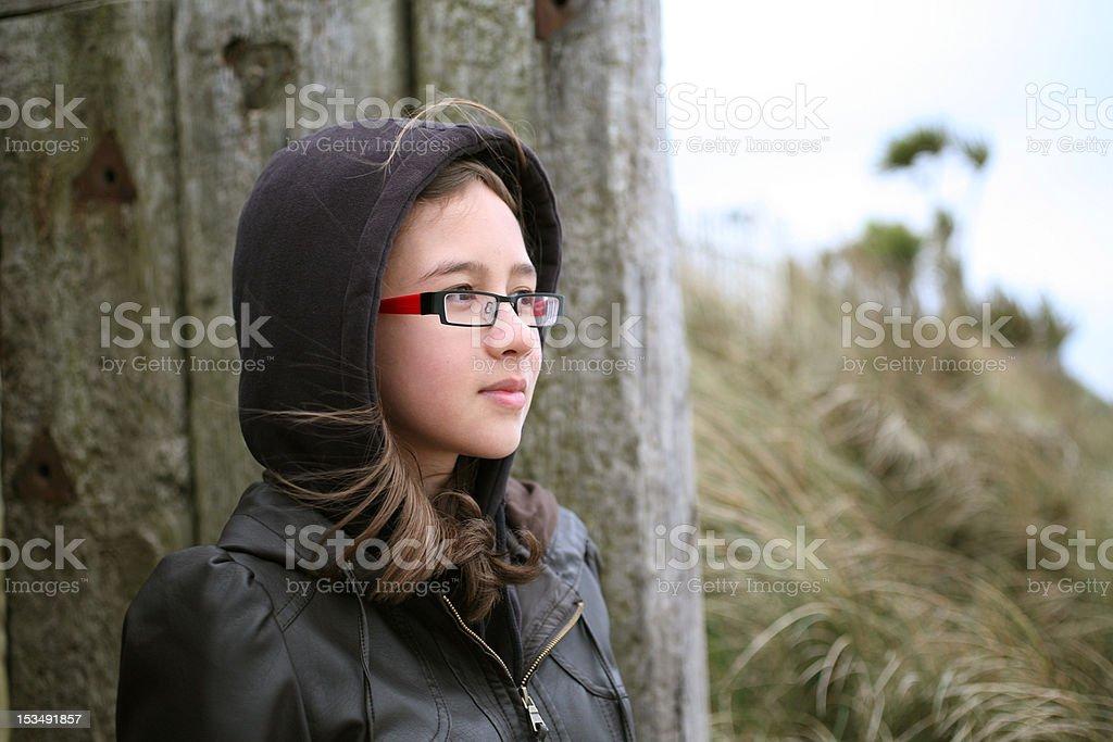 Plage fille Pensif photo libre de droits