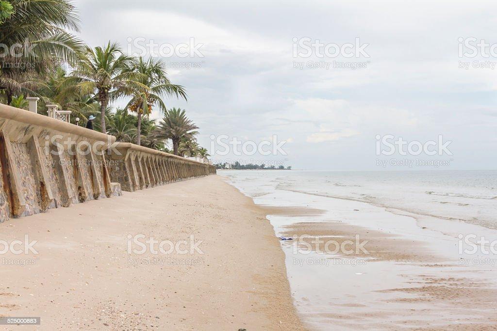 beach walk Weg mit Wasser wave und land Lizenzfreies stock-foto