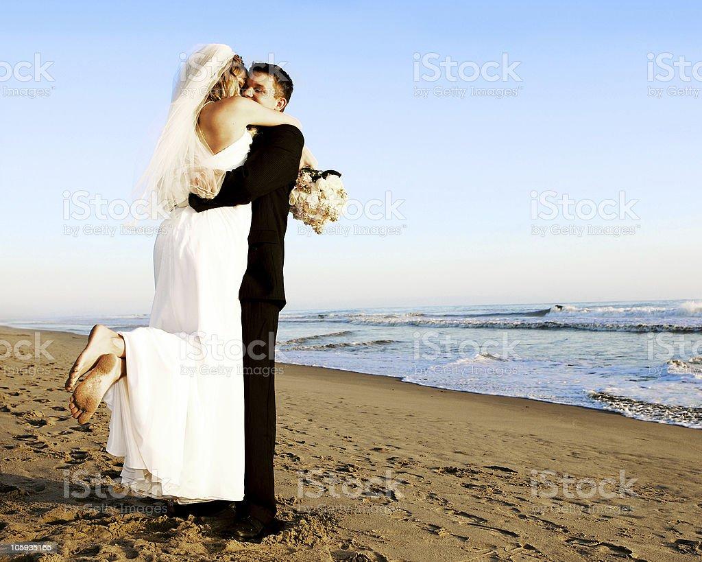 Boda en la playa foto de stock libre de derechos