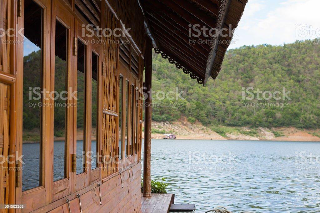 beautiful floating house in river Стоковые фото Стоковая фотография