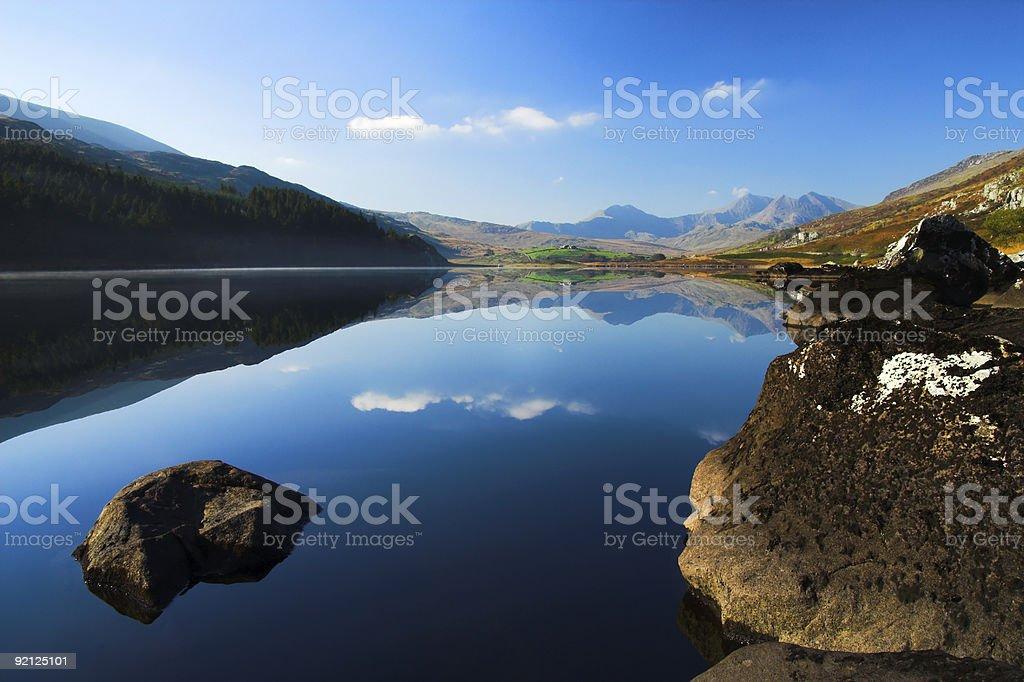 mountain lake zbiór zdjęć royalty-free