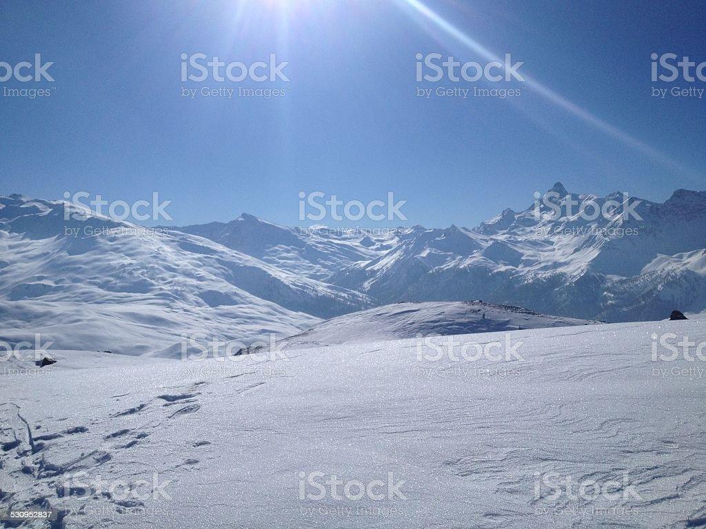 Bela paisagem de montanhas foto royalty-free