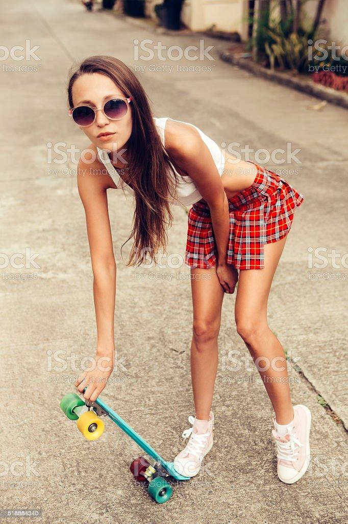 Девочка в мини эротика фот о фото 630-290