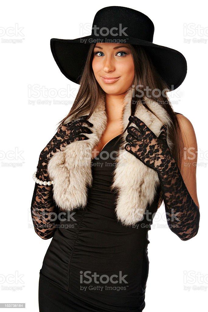 Schöne elegante Chanel Mädchen mit Uncropped Hut auf Weiß Lizenzfreies stock-foto