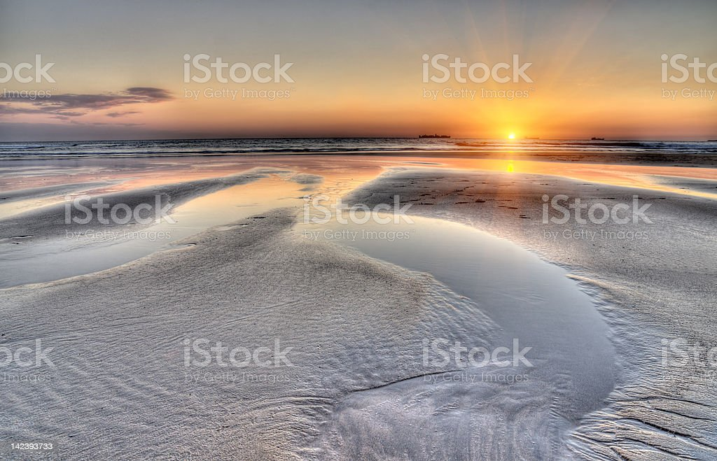Piękny zachód słońca Krajobraz morski z Nicei basen wody zbiór zdjęć royalty-free