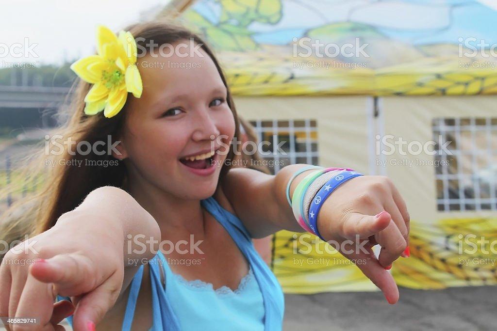 Hermosa Chica adolescente feliz Riendo, foto de stock libre de derechos
