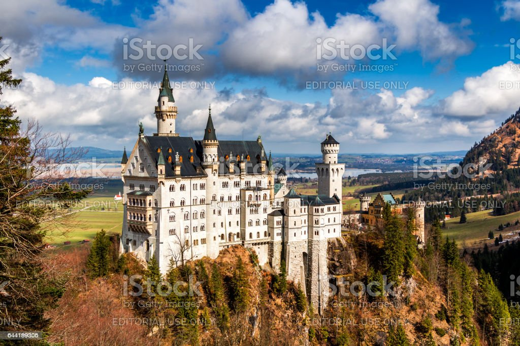 Beautiful view of world-famous Neuschwanstein Castle, the 19th century Romanesque Revival palace built for King Ludwig II, with scenic mountain landscape near Fussen, southwest Bavaria, Germany stock photo