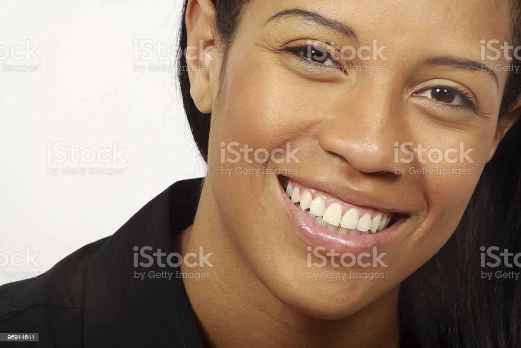 Belle jeune femme souriante-gros plan photo libre de droits