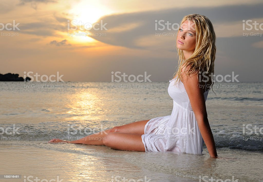 Beauty day dreaming at Sunrise (XXXL) royalty-free stock photo
