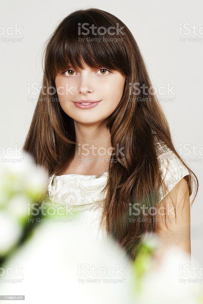 Belleza joven brunette foto de stock libre de derechos