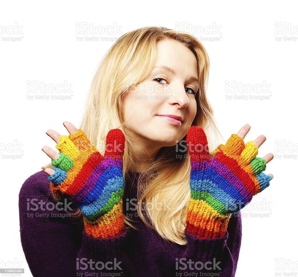 Belleza mujer joven en guantes de colores foto de stock libre de derechos