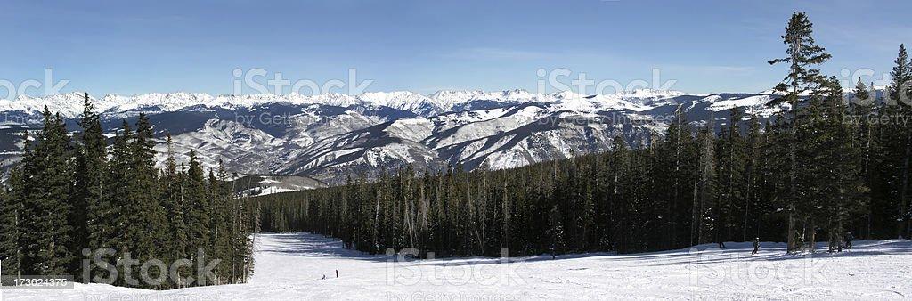 Beaver Creek, Colorado, au pied des pistes de Ski de montagne panoramique photo libre de droits