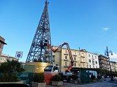 Benevento - Albero di Natale in costruzione