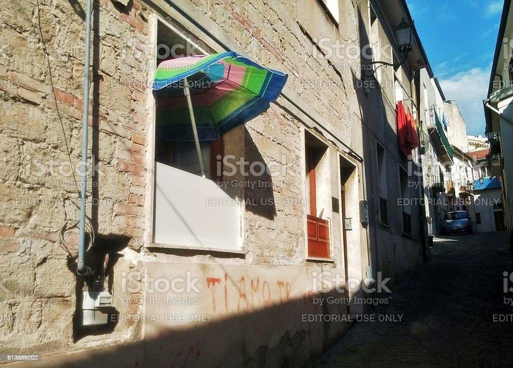 Benevento - Ombrellone nel vicolo stock photo