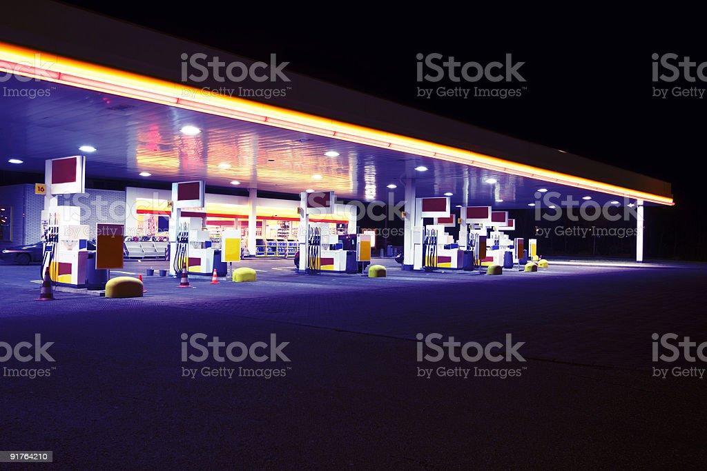 Benzin station by night royalty-free stock photo