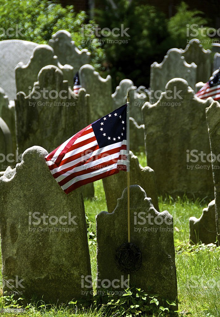 Betsy Ross United States Flag, Headstones of Revolutionary War Cemetery stock photo