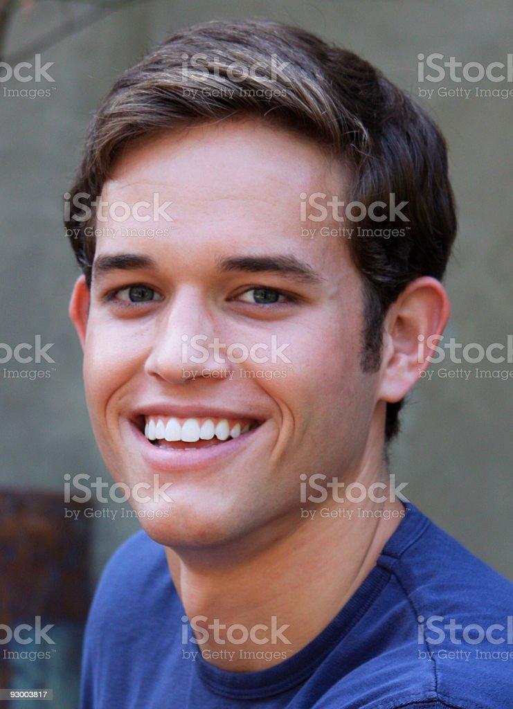 Grand sourire étincelant photo libre de droits