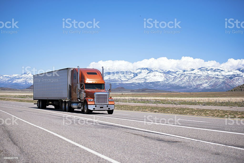 Grande classico e gestiti in modo semi-camion alta foto stock royalty-free