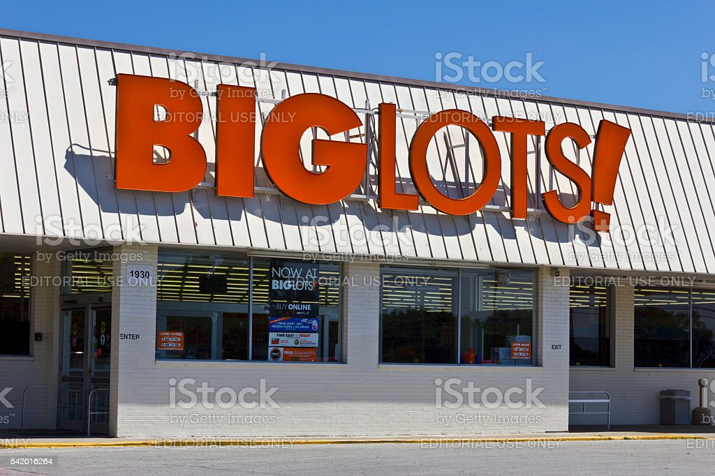 Big Lots Retail Discount Location I stock photo