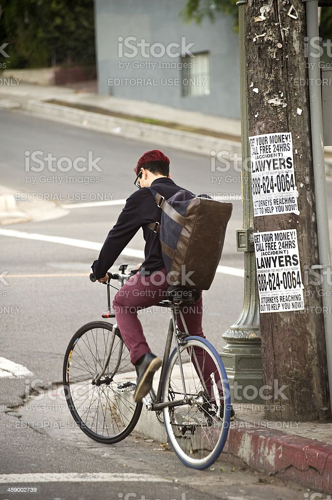 bike commuter at intersection royalty-free stock photo