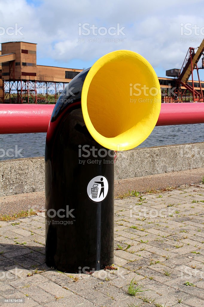 Black and yellow empty recycling bin royalty-free stock photo