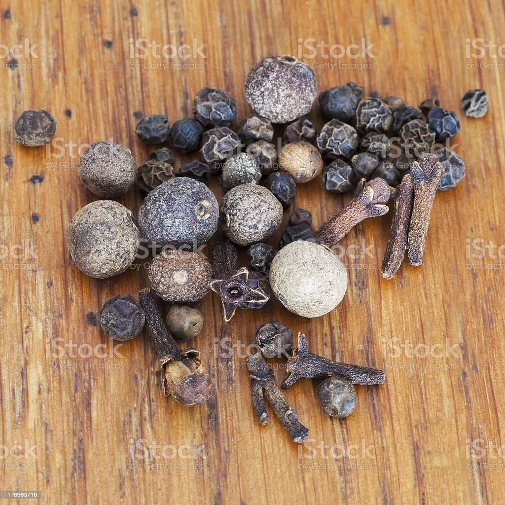 black peppers, allspices and cloves spicies royalty-free stock photo