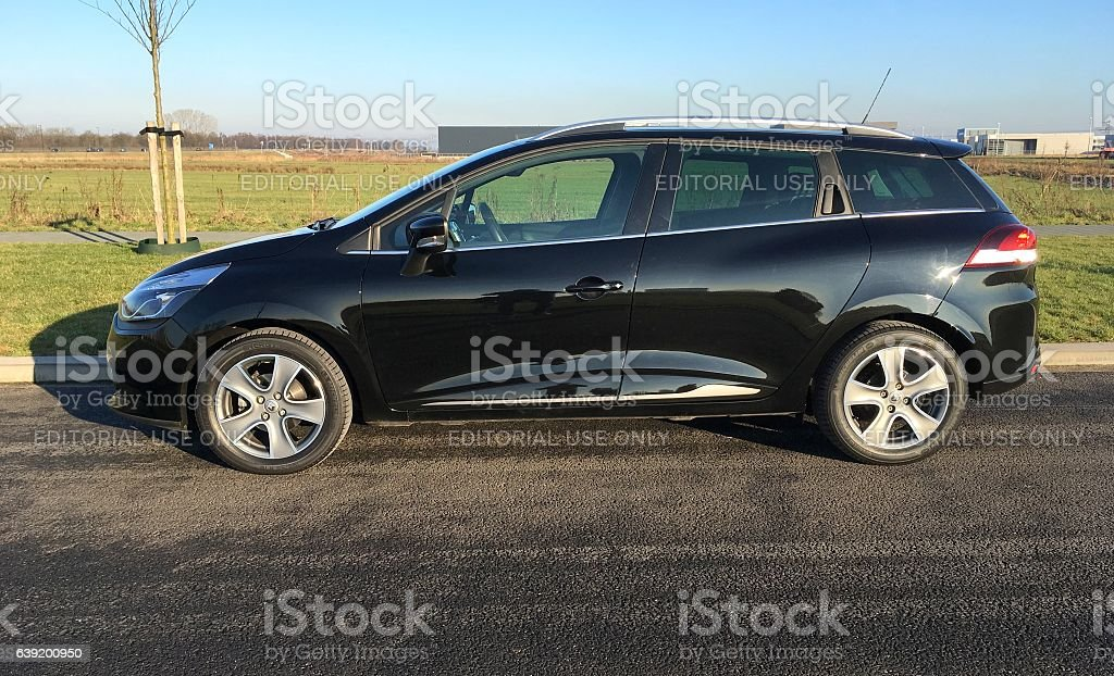 Black Renault Clio Estate - Stationwagon stock photo