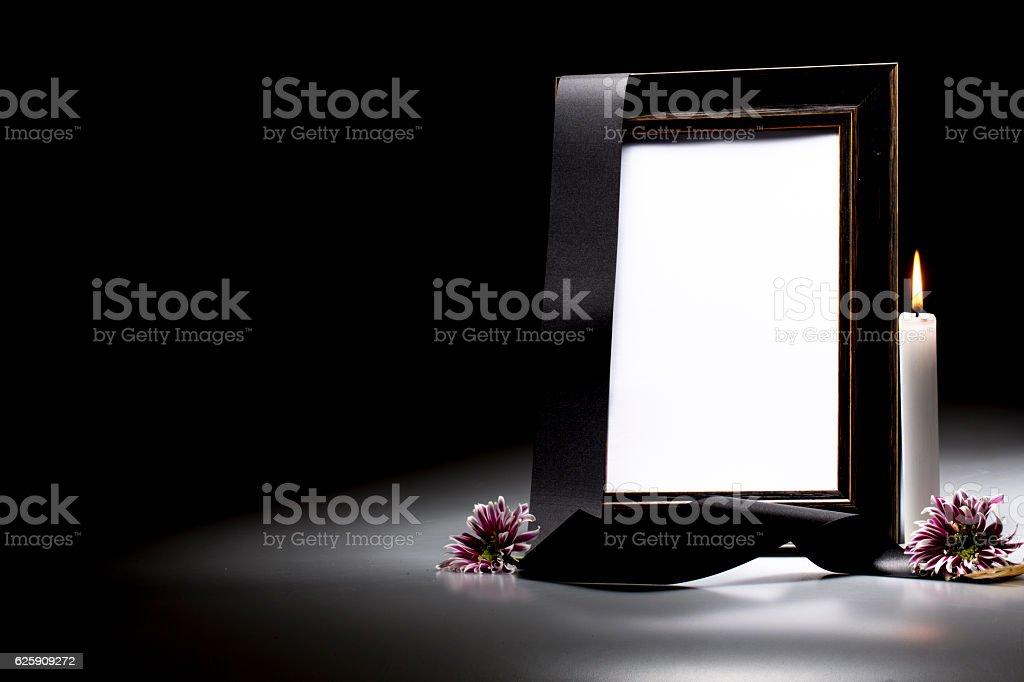 Как сделать траурную рамку к фото 197