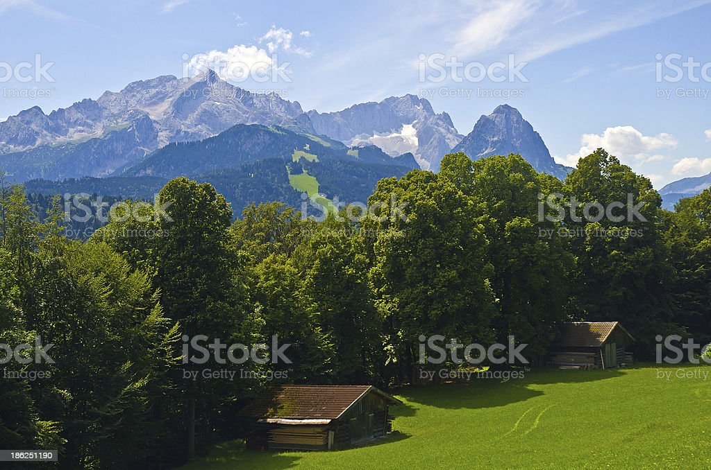 Blick ?ber das Wettersteingebirge royalty-free stock photo