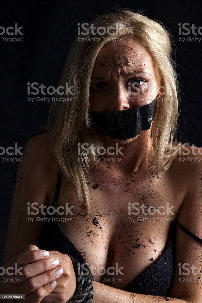 Misbehaving blonde wife is gagged and restrained for her misdeeds № 75250  скачать