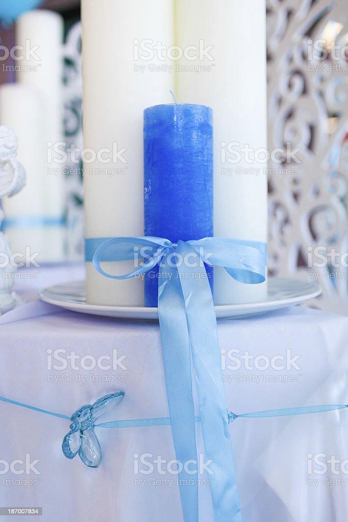 Blauen und weißen Kerzen Lizenzfreies stock-foto