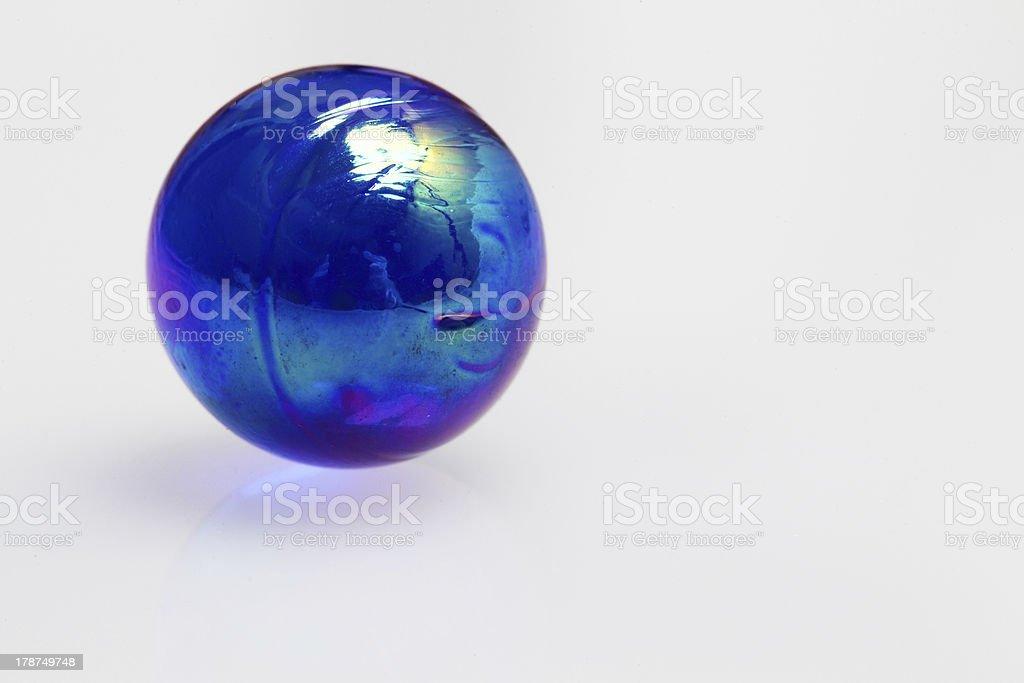ブルーのガラス玉 ロイヤリティフリーストックフォト