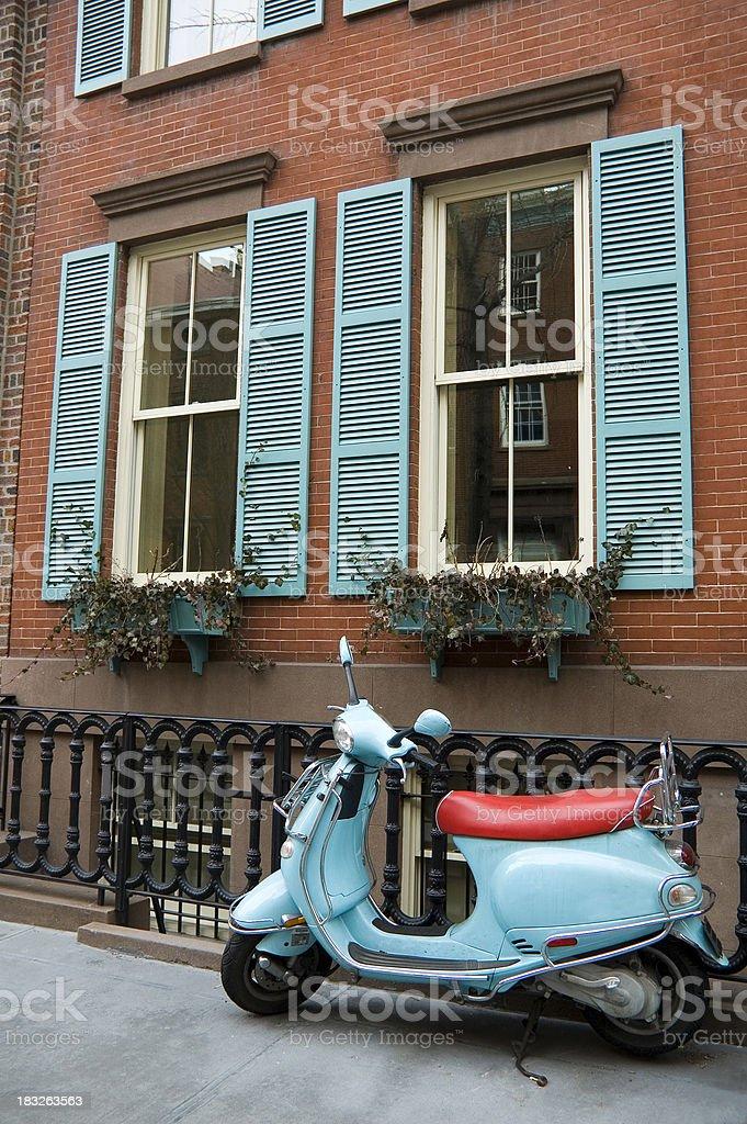 Blu motorino e coordinato casa foto stock royalty-free