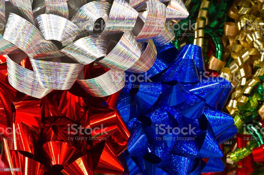 Bleu, de rouge et de noeuds argent de Noël photo libre de droits