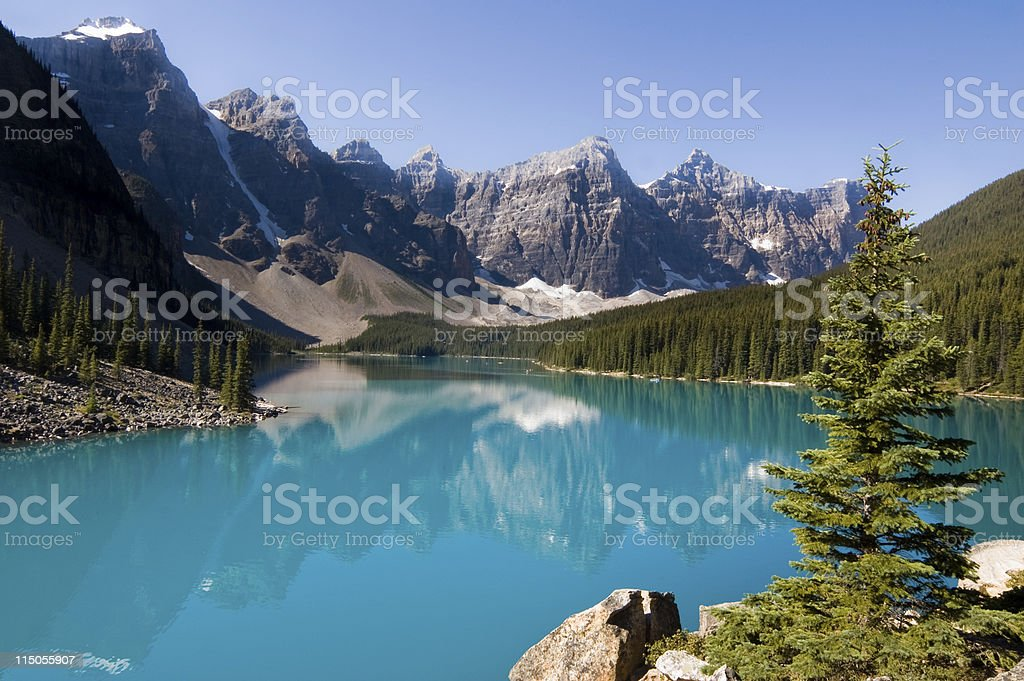 Blue waters of Morraine Lake in Banff National Park, Canada stock photo