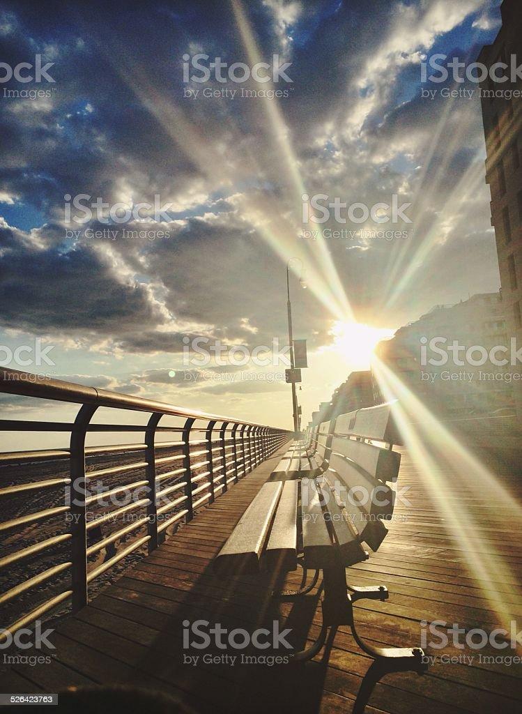 boardwalk Sonnenuntergang Lizenzfreies stock-foto