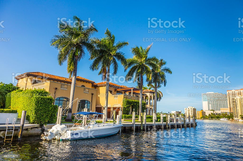 Boats at waterfront homes in Fort Lauderdale stock photo