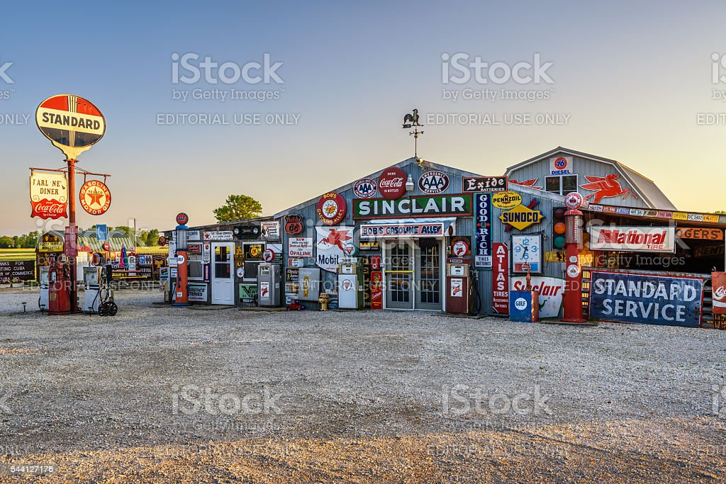 Bob's Gasoline Alley  on historic route 66 in Missouri stock photo