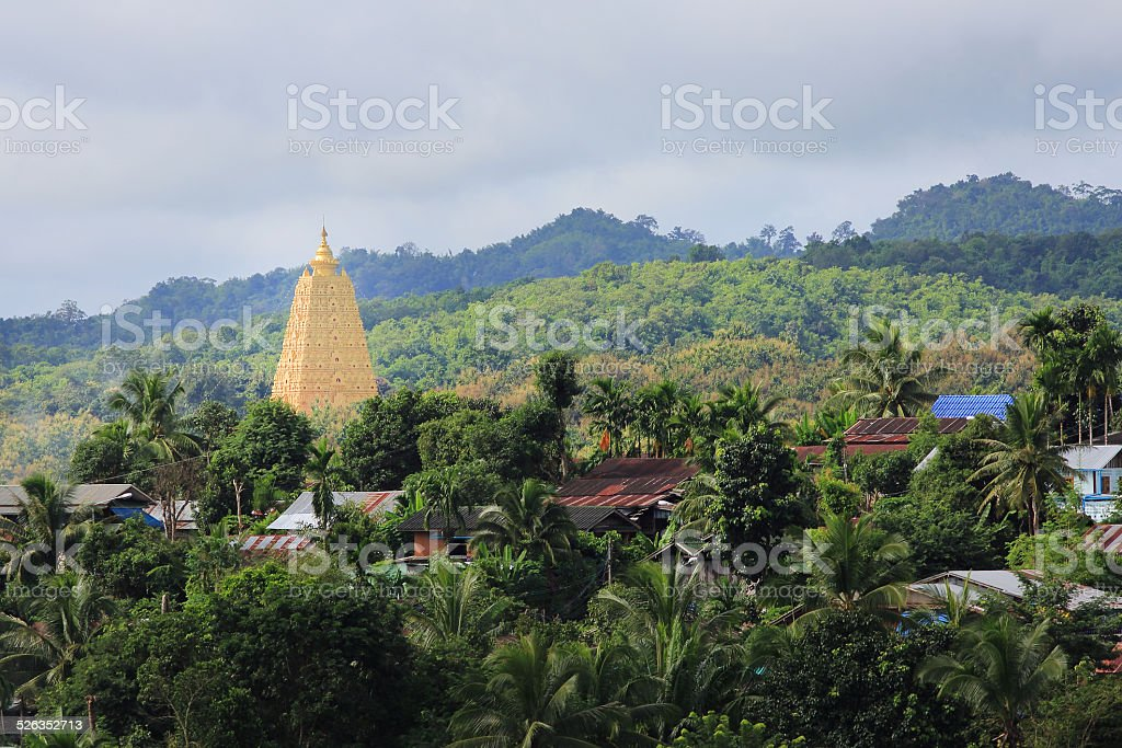 Bodhgaya-style stupa at Wangvivagegaram Temple stock photo