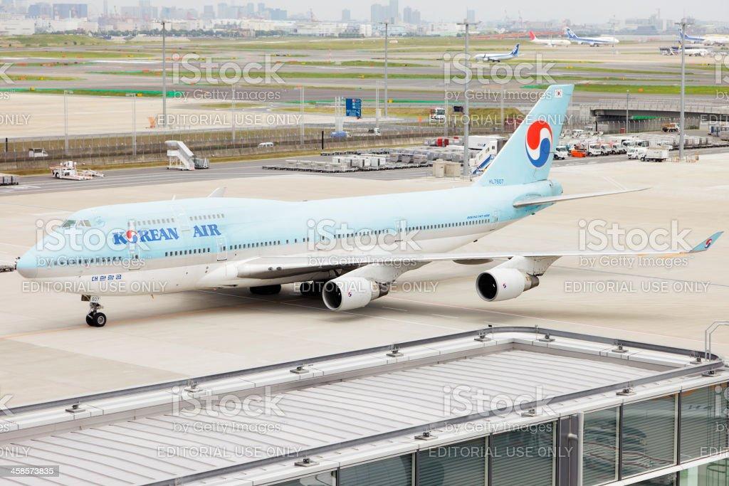 KAL Boeing 747-400 royalty-free stock photo