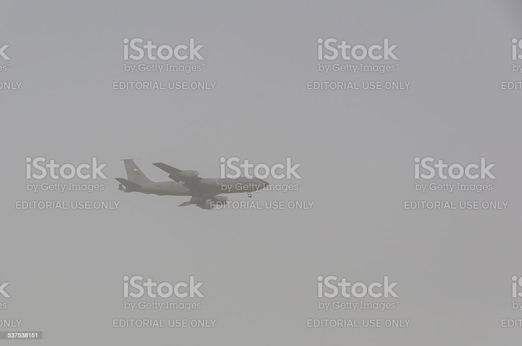 USAF Boeing Stratotanker, Landing in a sandstorm in Doha, Qatar, stock photo