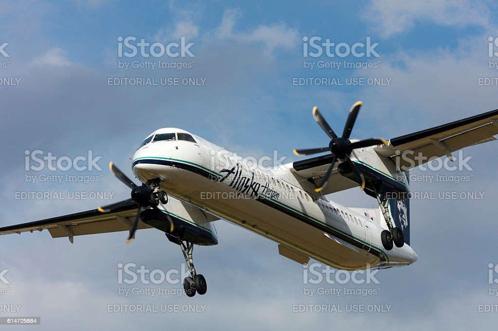 Bombardier Dash 8 Q400 Horizon Air. stock photo