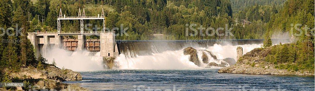 bonnington dam stock photo