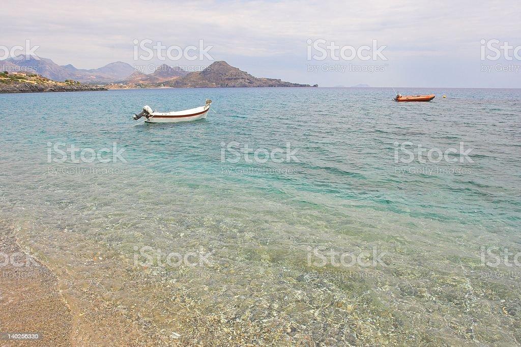 Boote in einer Bucht stock photo