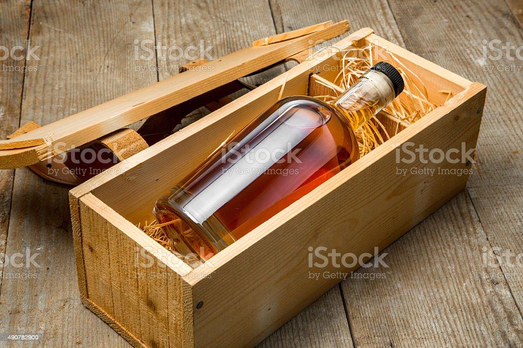 Gift box wooden crate barrel aged whisky bourbon liquor whiskey...