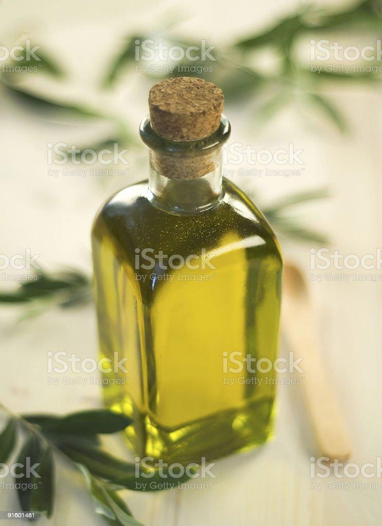 Бутылка оливкового масла Стоковые фото Стоковая фотография